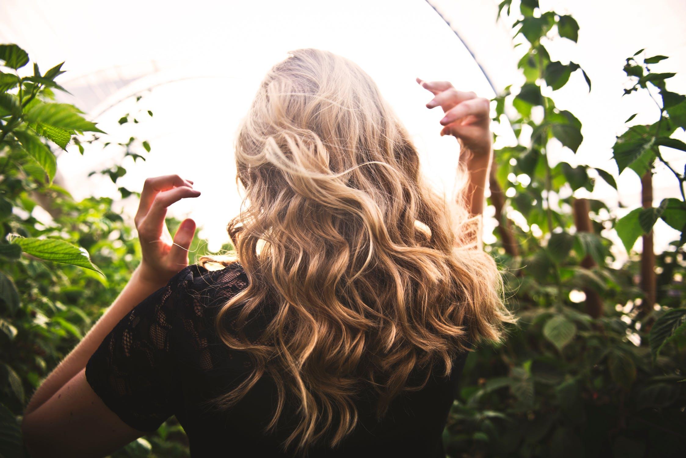 """Vegano, cruelty-free e naturale: il colore per capelli più """"in"""" è Made in Sicily"""