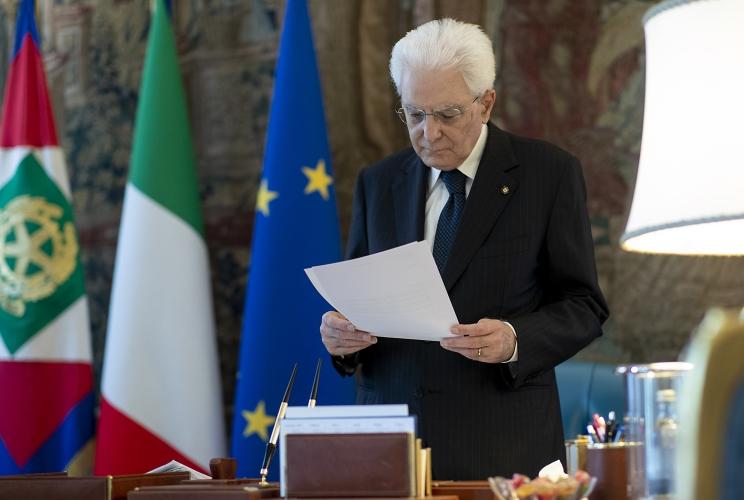 """""""Eroi del quotidiano"""": Mattarella premia tre siciliani"""